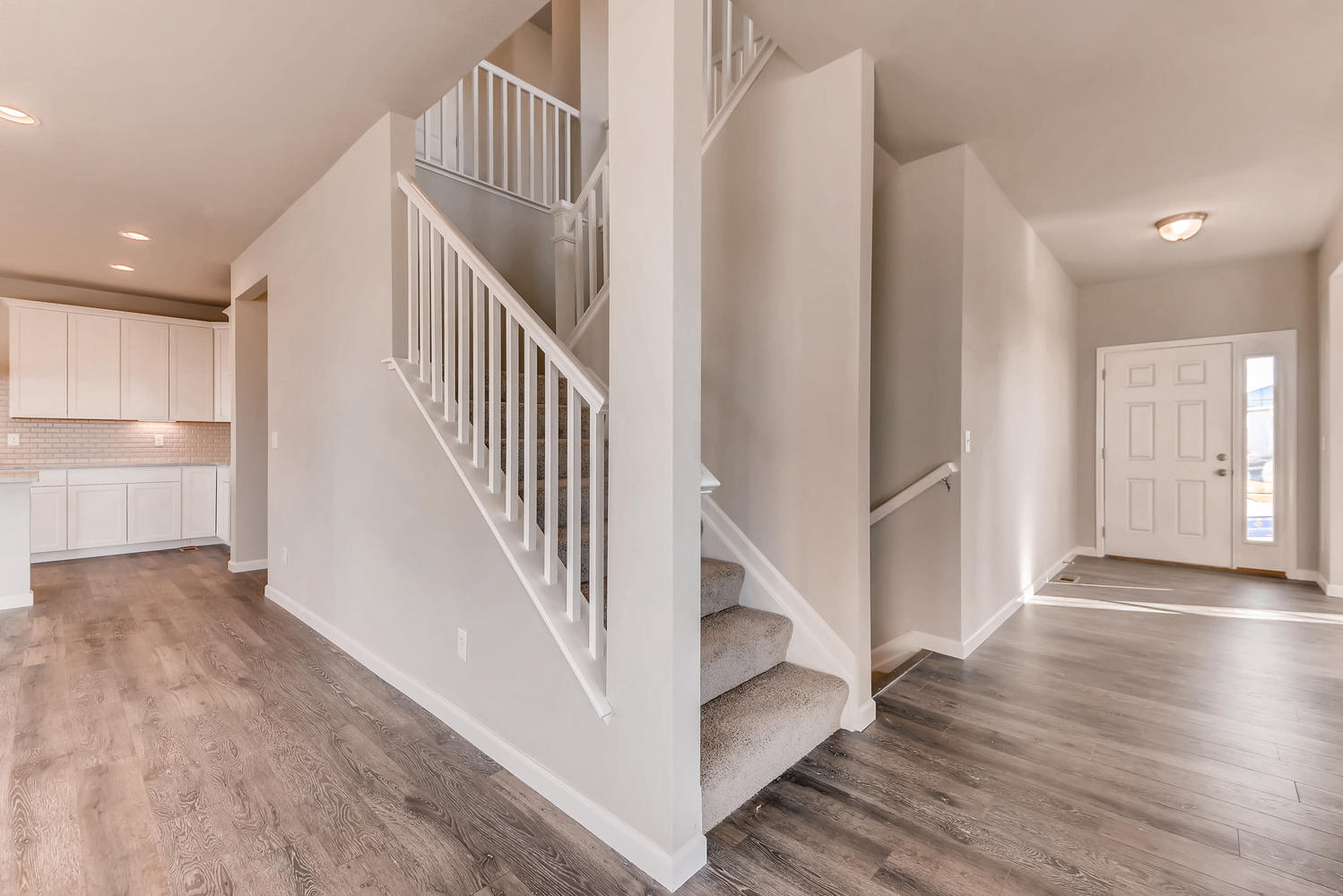 23815 E Rocky Top Place Aurora large 014 23 Stairway 1499×1000 72dpi