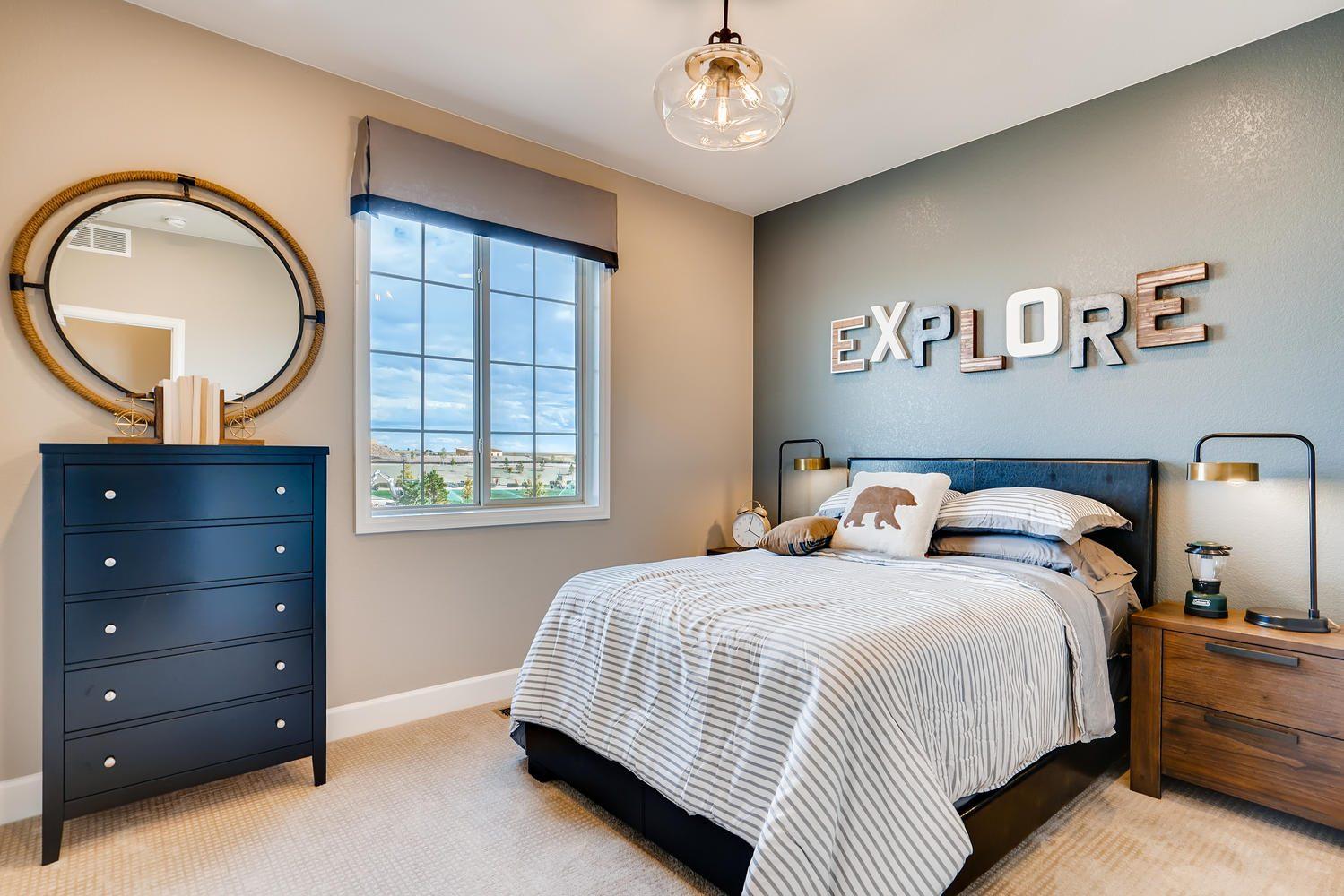 268 S Scottsburg Ct Aurora CO large 028 028 2nd Floor Bedroom 1500×1000 72dpi