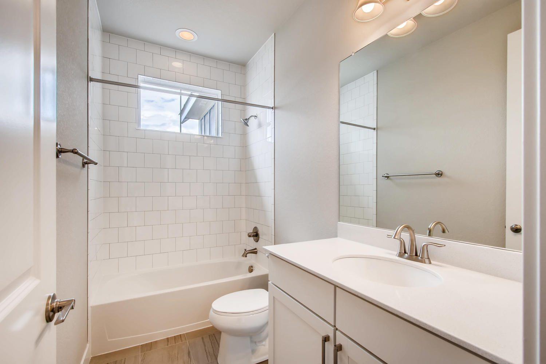 8832 Antero Court Arvada CO large 019 019 2nd Floor Bathroom 1500×1000 72dpi